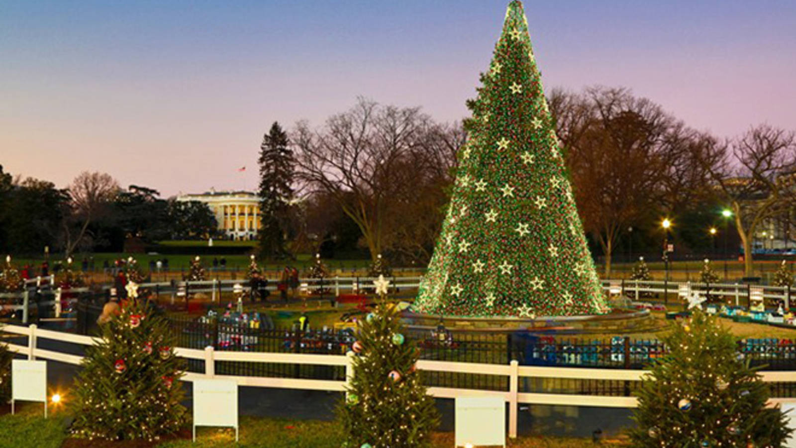 8 Perfect Parks For A Holiday Adventure National Parks  - South Park Christmas Tree Lighting